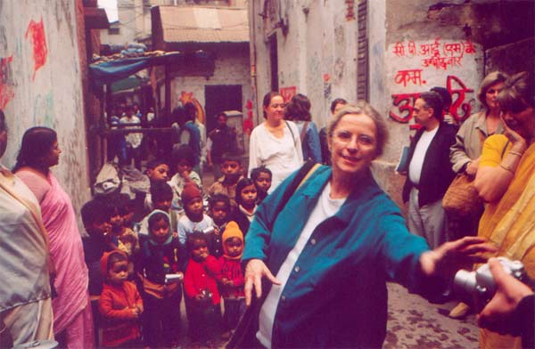Norma Callahan , our U.S. Co-ordinator, working at the Slum Clinic  ( February 2004 )